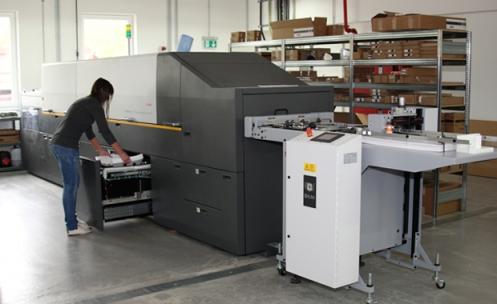 Haeuser-KG-ergaenzt-den-Offsetdruck-um-den-Digitaldruck_5074
